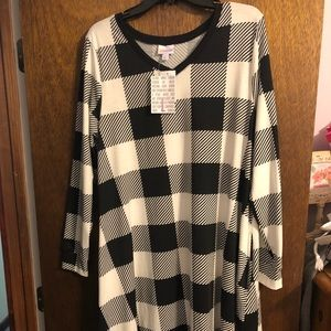 Lularoe- Large Emily. Buffalo plaid / check